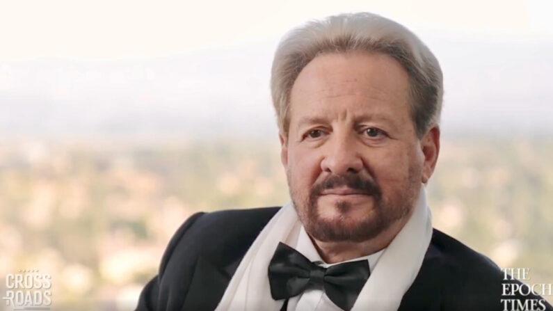 """Julio Antonio del Mármol en el programa """"Crossroads"""" de The Epoch Times (Captura de pantalla/Crossroads)"""