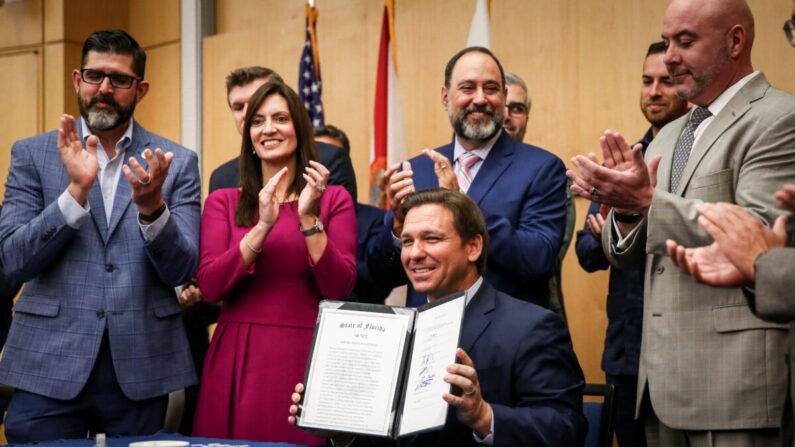 Florida: DeSantis unterzeichnet ein Gesetz gegen Big Tech-Zensur