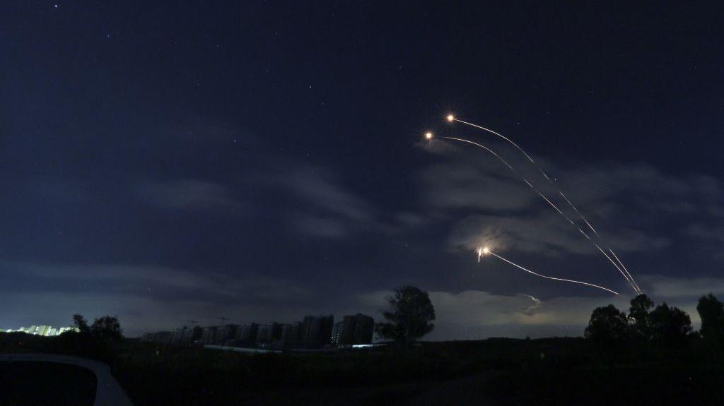 Lanzan al menos 3 cohetes desde el sur de Líbano a Israel en escalada con Gaza