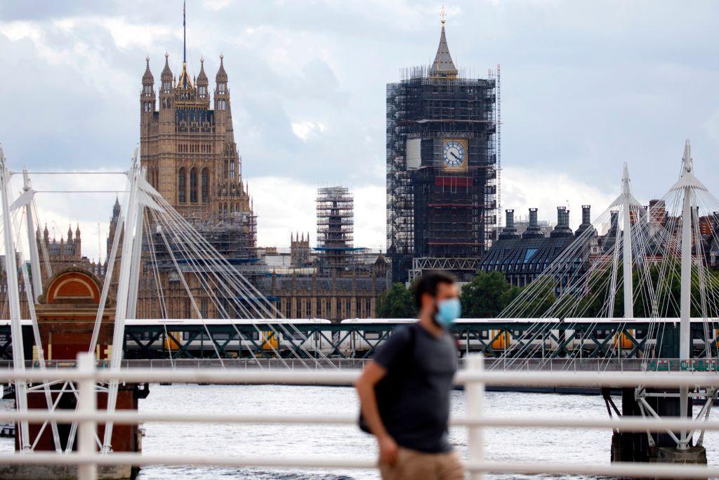 "Reino Unido anuncia su ""lista verde"" de 12 destinos de viaje"