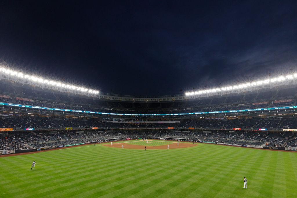 Estadios de béisbol de Nueva York sentarán a aficionados vacunados y no vacunados en secciones separadas