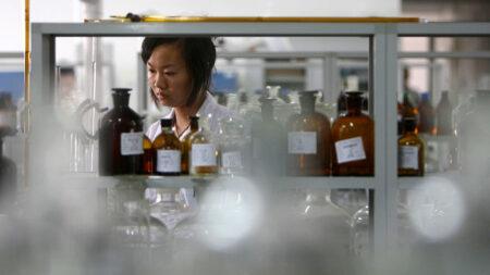 Ingredientes farmacéuticos, un arma estratégica del régimen comunista chino