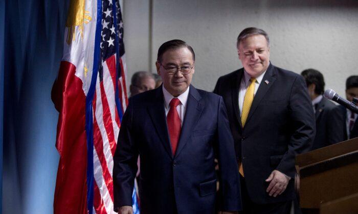 El secretario de Asuntos Exteriores de Filipinas es un héroe por hablar con dureza a Xi Jinping