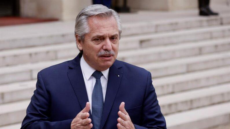 En la imagen se ve al presidente de Argentina, Alberto Fernández. (EFE/EPA/YOAN VALAT/Archivo)