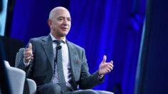 Bezos se despide como CEO y atiende las críticas en la reunión de accionistas de Amazon