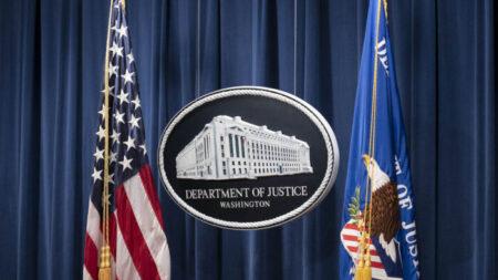 """Hombre de Nueva York es acusado de fraude de $ 4 millones de fondos de alivio COVID-19 en """"alcancía"""""""