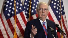 Senador McConnell critica ataques de progresistas a la policía y el aumento de los delitos violentos