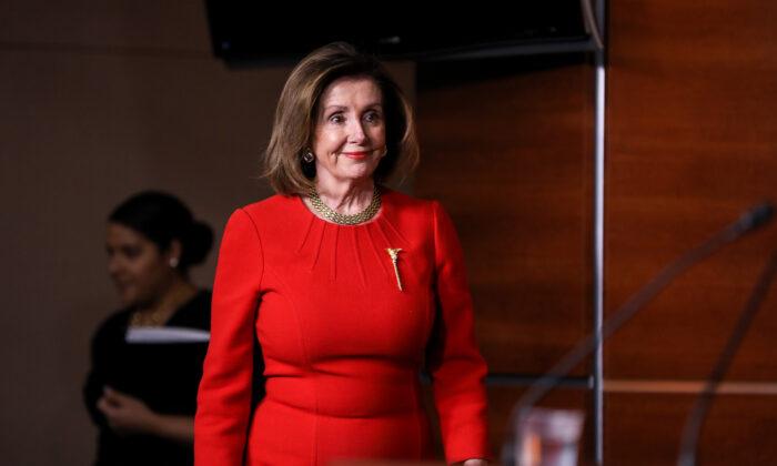 Pelosi afirma que, en última instancia, Manchin podría apoyar el proyecto de reforma electoral
