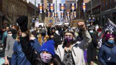 Estadounidenses están mal informados sobre déficit, disparos policiales y seguro médico: Encuesta