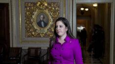 Elise Stefanik se postula para reemplazar a Cheney en la presidencia de la Conferencia Republicana