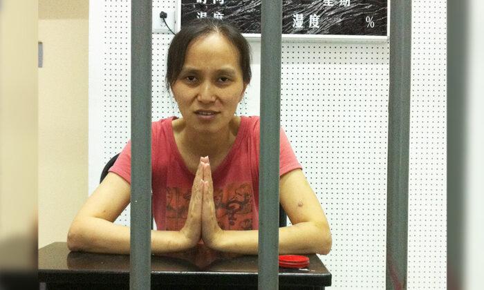"""""""El comunismo se ha infiltrado en Estados Unidos y en el mundo"""", advierte refugiada china perseguida"""