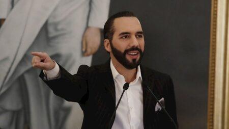 Bukele pretende intimidar a diplomática de EE.UU. en El Salvador: HRW