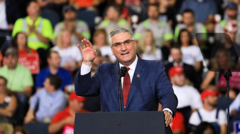 El gobernador de Indiana, Eric Holcomb, en una foto de archivo tomada el 30 de agosto de 2018. (Charlotte Cuthbertson/The Epoch Times)