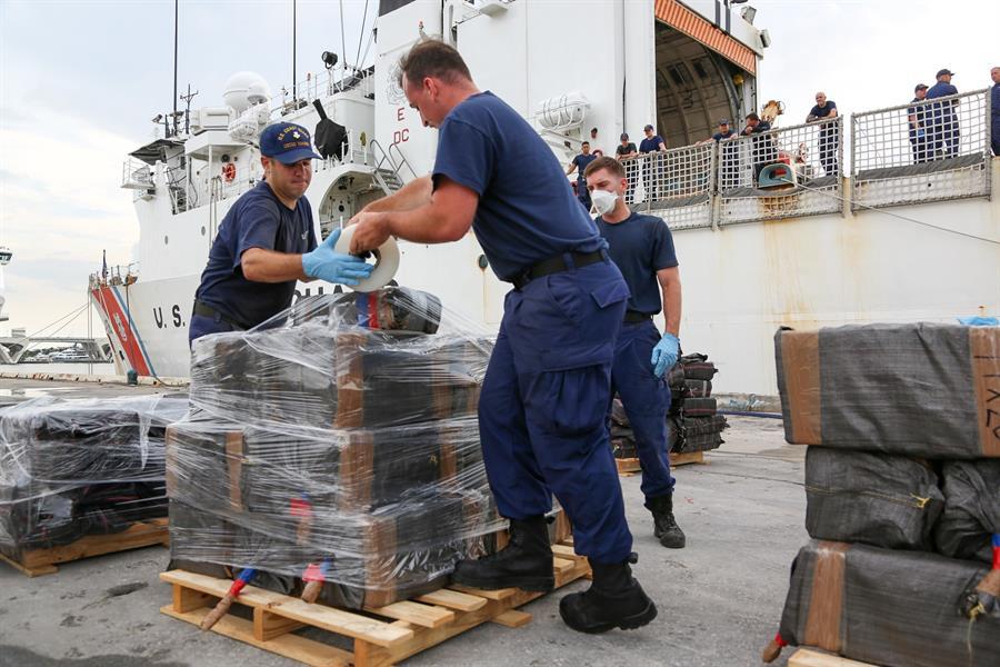 EE.UU. decomisa más de 140 millones dólares en cocaína en operaciones marítimas