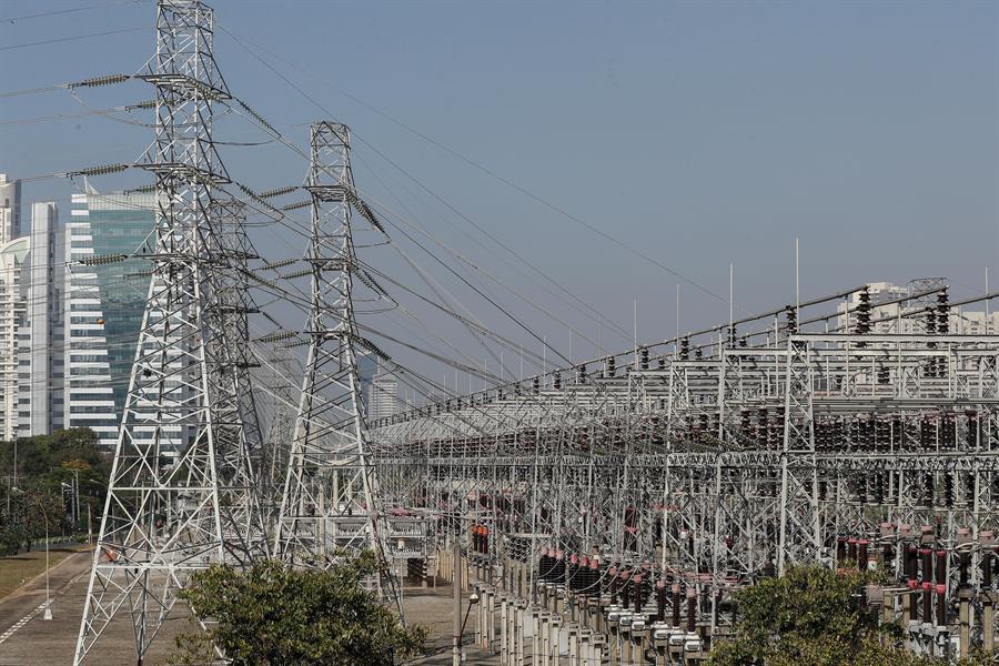 Congreso brasileño aprueba proyecto para privatizar la eléctrica Eletrobras