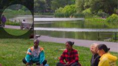 Joven reunido con un grupo de meditación en Central Park detiene robo a una mujer discapacitada