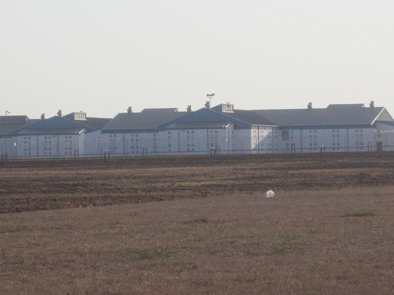 Vacian cárcel de Texas ante aumento de detenciones de inmigrantes ilegales