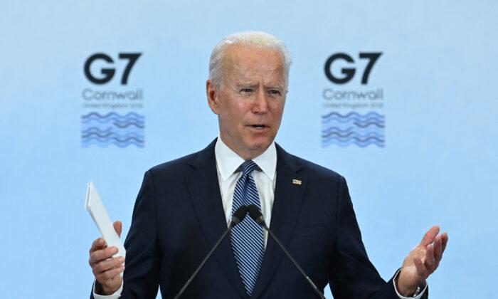 Biden advierte y ofrece un elogio poco común a Putin antes de la reunión