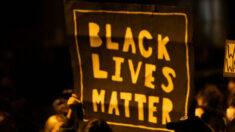 Exhiben gran bandera de Black Lives Matter en base naval de EE.UU. en África, denuncia militar