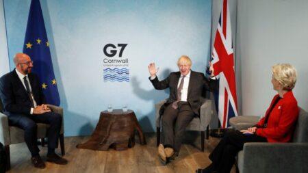 UE eleva la presión sobre Londres para que respete los acuerdos del Brexit