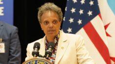 Alcaldes demócratas piden que se endurezcan las leyes federales de armas ante aumento en delincuencia