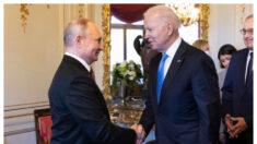 Cumbre Biden-Putin presiona a China, opinan expertos