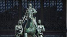 Cómo cambian las cosas: Pintarrajear estatua de Floyd es delito, retirar la de Teddy Roosevelt es progresar