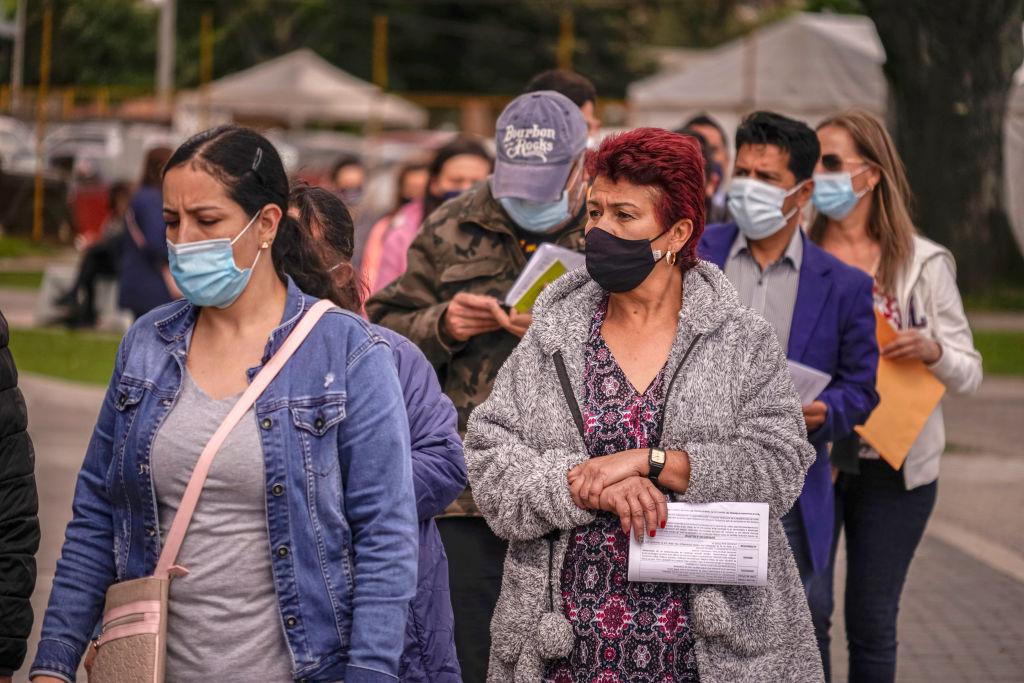 Colombia ampliará aforos al 100 % pero exigirá carné de vacunación