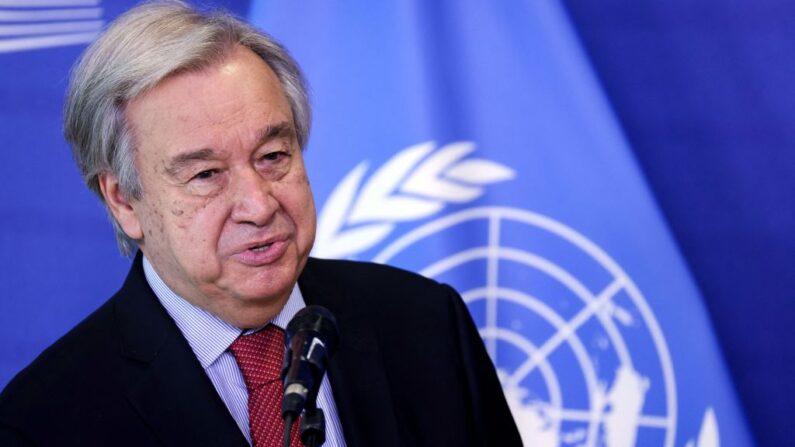 El secretario general de las Naciones Unidas, António Guterres, da una rueda de prensa con el Presidente de la Comisión Europea antes de su reunión en la sede de la UE en Bruselas (Bégica), el 23 de junio de 2021. (Kenzo Tribouillard/POOL/AFP vía Getty Images)