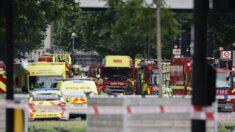 Se declara un fuerte incendio en una estación de tren de Londres