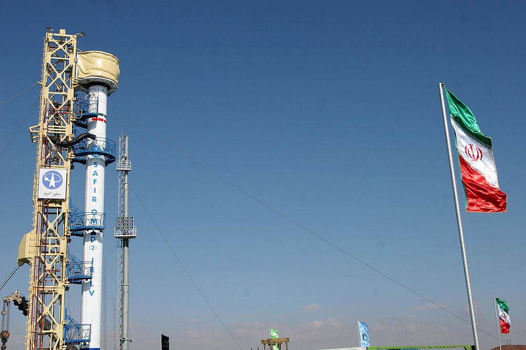 EE.UU. vigila los intentos fallidos de Irán de lanzar nuevos satélites