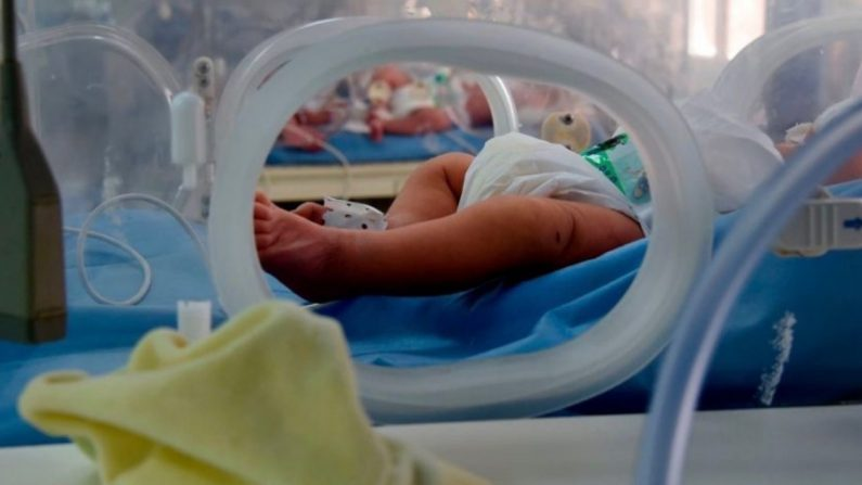 Queda en duda veracidad del nacimiento de 10 bebés en Sudáfrica que habría roto récord mundial