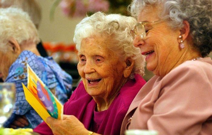 Abuelitas gemelas celebran 99 años de vida: ¡Van por los 100!