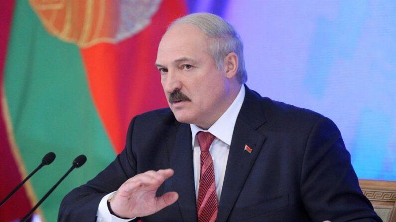 Fotografía de archivo del mandatario de Bielorrusia, Alexandr Lukashenko. EFE/MAXIM GUCHEK/Archivo