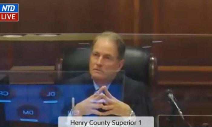 Juez de Georgia no se pronuncia de momento sobre peticiones de desestimación en caso de boletas