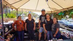 """Latino crea proyecto """"Mesa de justicia y esperanza"""" para alimentar a familias durante la pandemia"""