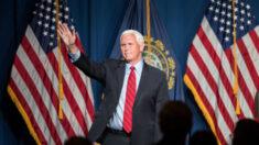 """Miembros del público llaman """"traidor"""" al ex vicepresidente Pence en una conferencia conservadora"""