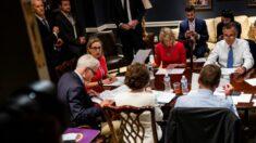 """Grupo de 21 senadores bipartidistas dice que ellos apoyan un """"marco"""" para la infraestructura"""