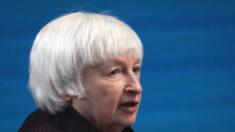 Yellen cambia de opinión ante propuesta para que el IRS vigile cuentas bancarias de estadounidenses