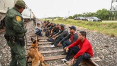 Inmigrantes cuentan su travesía por México para llegar a EE.UU. tras mensajes contradictorios de Biden