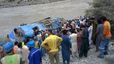 Doce muertos, 9 de ellos chinos, por la explosión de un autobús en Pakistán
