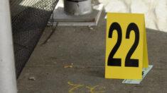Dos personas baleadas pasan de México a EE.UU. por puerto fronterizo; una muere