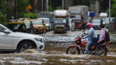 Aumentan a 138 las muertes por las fuertes lluvias en el oeste de la India