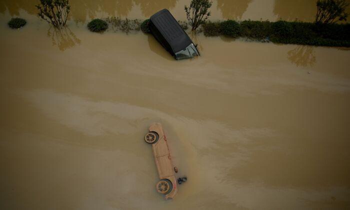 Respuesta gubernamental a inundaciones en China genera críticas tras elevado número de muertos