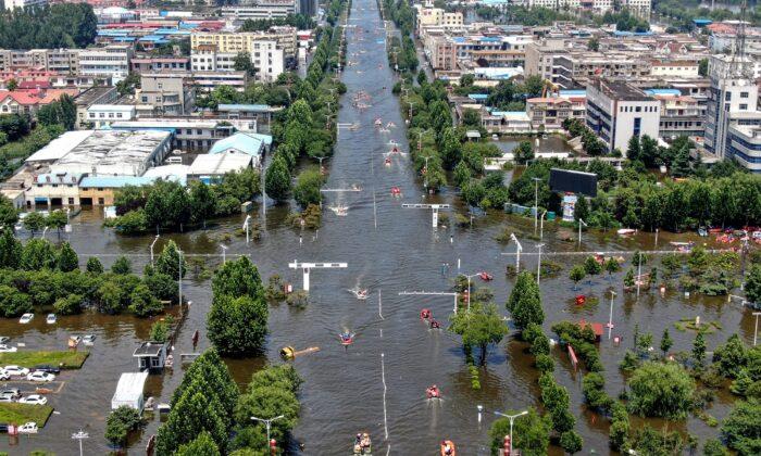 La ayuda es escasa para los afectados por las inundaciones de Henan, según la población local