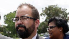 Demócrata de Texas es destituido de puesto de liderazgo en la Cámara por romper quórum