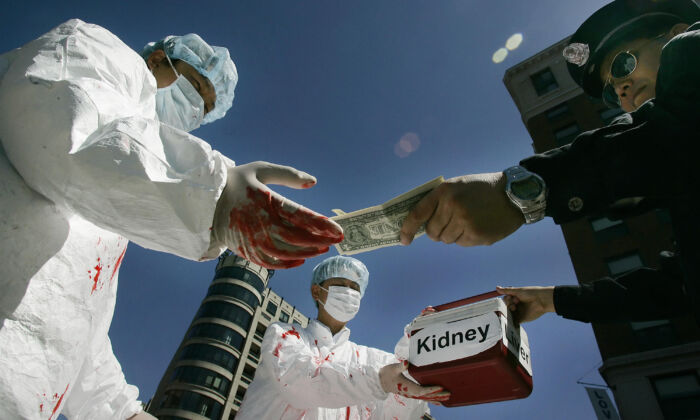 Beijing silencia a medios de comunicación mundiales en cuanto a sustracción forzada de órganos en China