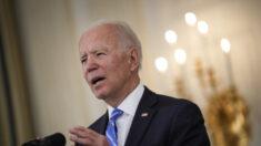 Biden afirma que sus planes de gasto reducirán la inflación, causando reacción de los conservadores