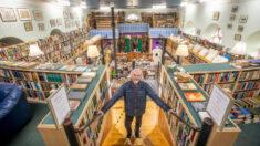 Increíbles fotos de librería de segunda mano más grande del Reino Unido, tiene más de 100,000 libros