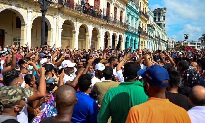 España apoya derecho de protesta en Cuba y excarcelación de manifestantes